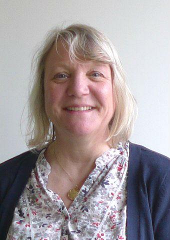 Gillian Jones (2)